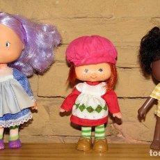 Muñecas Modernas: LOTE DE 3 FIGURAS: TARTA DE FRESA, TARTA DE NARANJA Y VIOLETA HACENDOSA - ORANGE STRAWBERRY. Lote 270357813