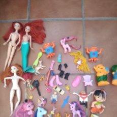 Muñecas Modernas: LOTE DE MUÑECAS Y JUGUETES LO QUE SE VE EN LAS FOTOS. Lote 277698428