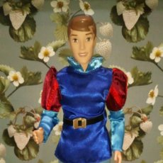 Muñecas Modernas: GUAPO MUÑECO PRINCIPE FELIPE-PHILLIP DE LA BELLA DURMIENTE - DISNEY STORE. Lote 287925328