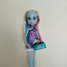 Muñecas Modernas: MONSTER HIGH ABBEY BOMINABLE. Lote 294865078