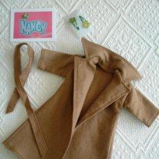 Muñecas Nancy y Lucas: NANCY ABRIGO CAMEL AÑOS 70. Lote 15829320