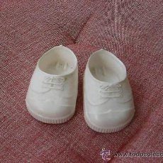 Muñecas Nancy y Lucas: NANCY ZAPATILLAS BLANCAS. Lote 180071693