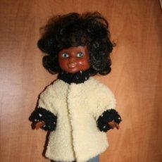 Muñecas Nancy y Lucas: ABRIGO HECHO PARA NANCY EN LOS 70. Lote 39909394