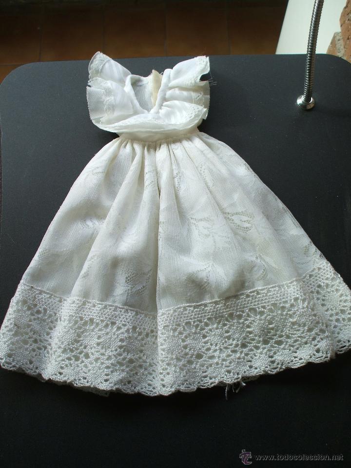 Vestido blanco de estilo ibicenco