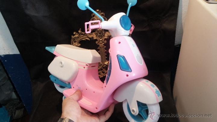 Muñecas Nancy y Lucas: La moto vespa de la muñeca Nancy de Famosa - Foto 5 - 49163666