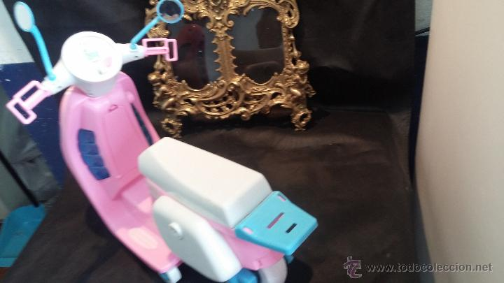 Muñecas Nancy y Lucas: La moto vespa de la muñeca Nancy de Famosa - Foto 21 - 49163666