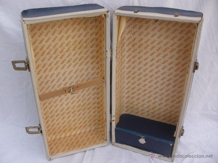 Aparadores Para Quarto De Casal ~ antiguo maletin baul armario azul de nancy Comprar Vestidos y accesorios muñeca Nancy y Lucas