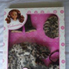 Muñecas Nancy y Lucas - Nancy de Famosa conjunto abrigo bicolor piel de leopardo de quiron en caja - 100304663