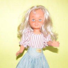 Muñecas Nancy y Lucas: MUÑECA NANCY CON PECAS CON VESTIDO JEAN´S - ORIGINAL FAMOSA. Lote 104090147
