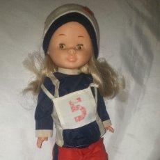 Muñecas Nancy y Lucas: NANCY AÑOS 70 CON ROPA ESQUI. Lote 104403871