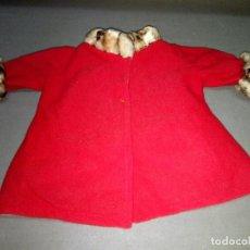 Muñecas Nancy y Lucas: ABRIGO ROJO ORIGINAL NANCY - FAMOSA ( SPAIN) ETIQUETA REF Nº 81. Lote 108981295