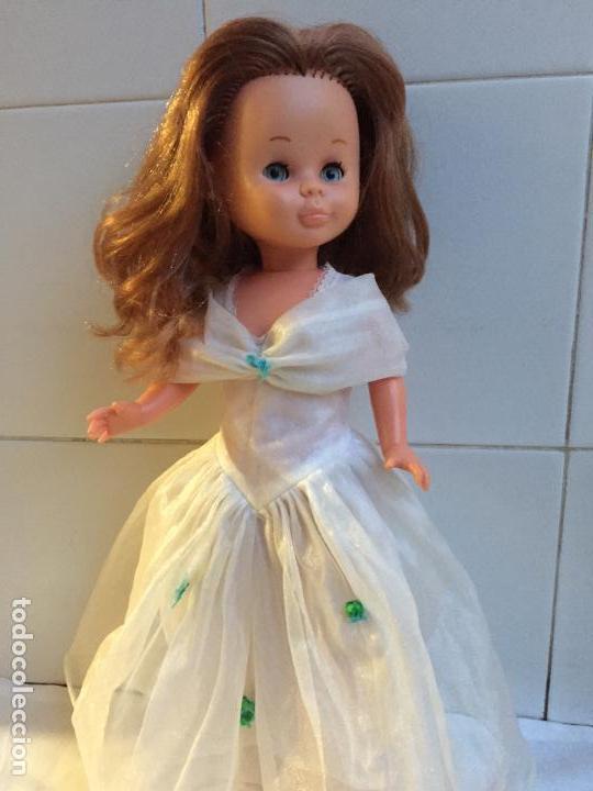 Muñecas Nancy y Lucas: Vestido Esperando al principe muñeca nancy de famosa - Foto 3 - 112814839