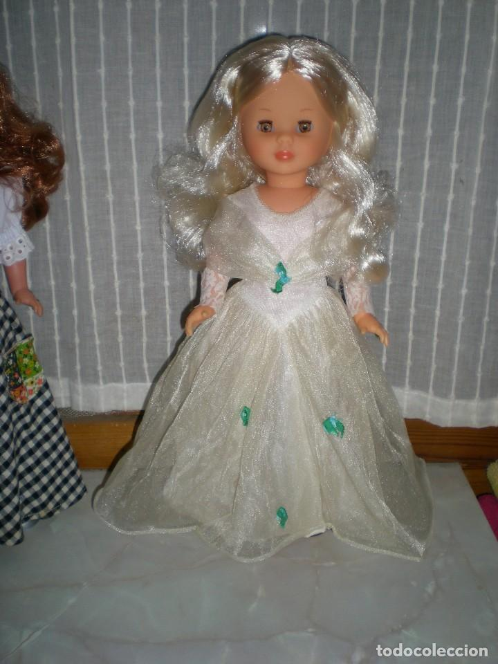 Muñecas Nancy y Lucas: nancy nueva sin uso+ conjunto esperando al principe flores azules tul reflejos dorados año 70 ref 53 - Foto 9 - 116990931