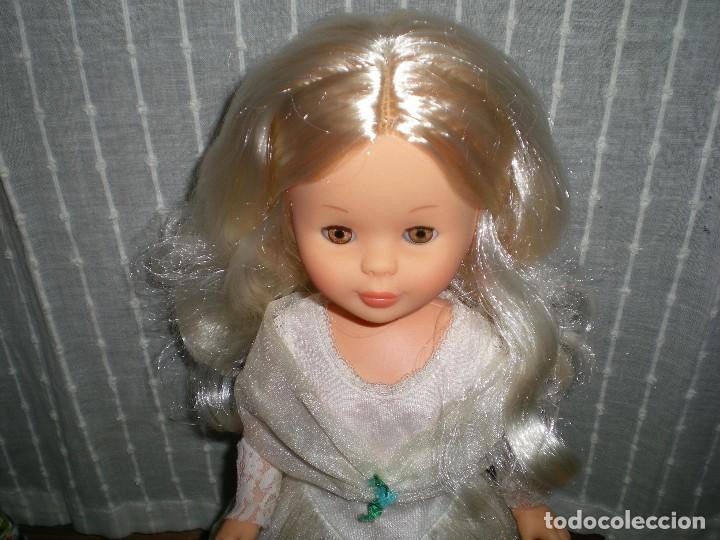 Muñecas Nancy y Lucas: nancy nueva sin uso+ conjunto esperando al principe flores azules tul reflejos dorados año 70 ref 53 - Foto 10 - 116990931