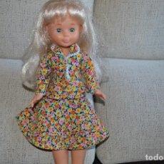 Muñecas Nancy y Lucas: TRAJE ESTAMPADO DE FLORES, AÑOS 70. Lote 121509215