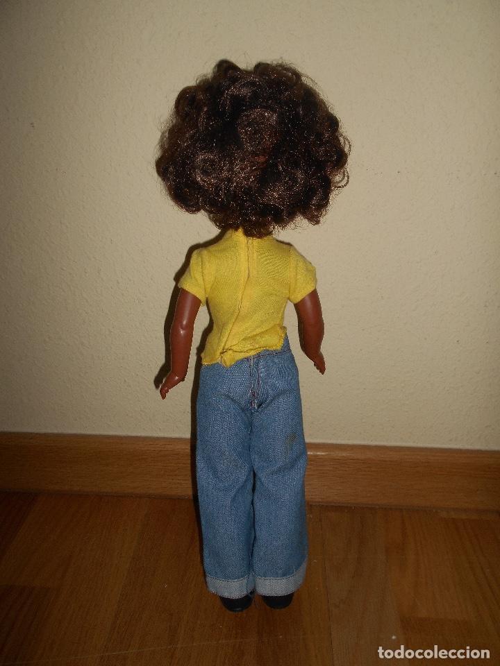 Muñecas Nancy y Lucas: ESPECTACULAR Muñeca Nancy Famosa Negra Negrita Blue Jeans años 70 con conjunto original PELO RIZADO - Foto 6 - 129225883