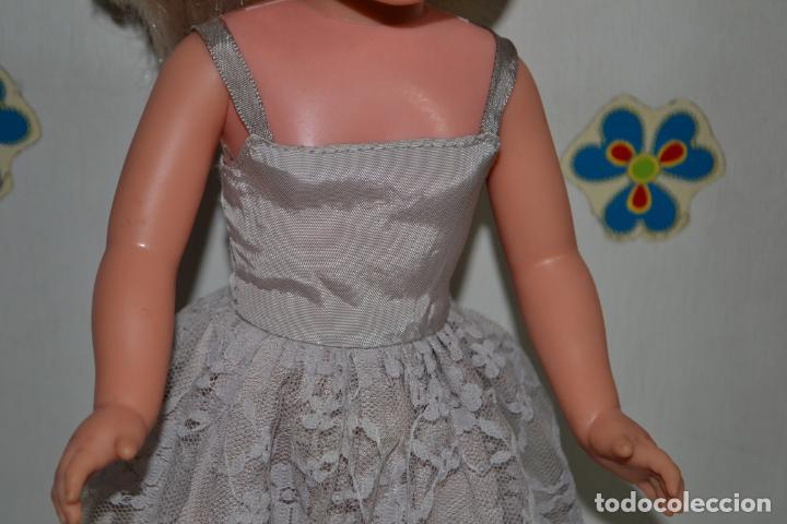 Muñecas Nancy y Lucas: Nancy de Famosa con tres conjuntos, lee la descripción, gracias. - Foto 11 - 131073980