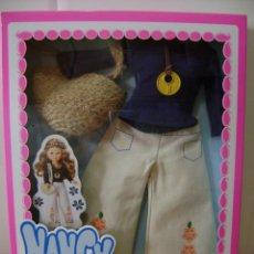 Muñecas Nancy y Lucas: NANCY TRAGE EN CAJA HIPPY.. Lote 136226138