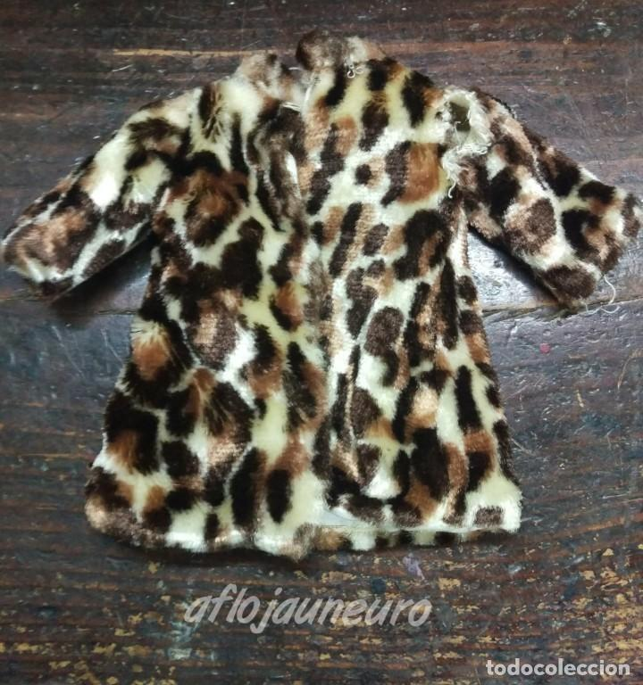 Nancy abrigo leopardo - original de Famosa segunda mano