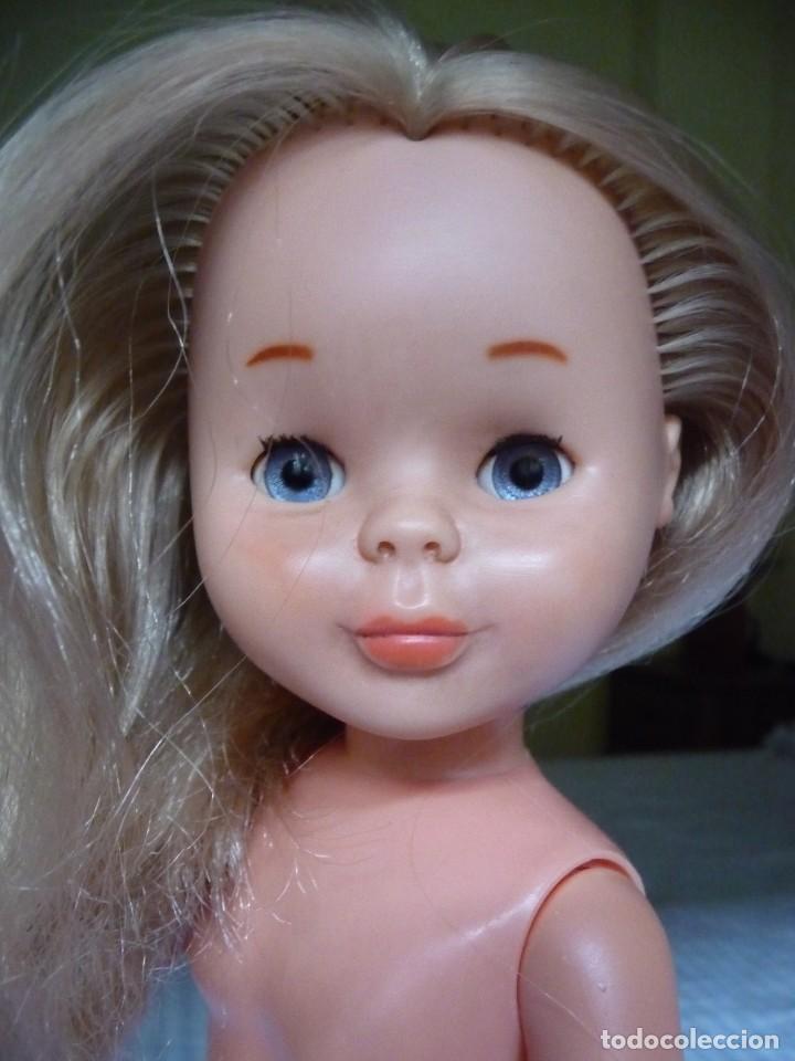 Muñecas Nancy y Lucas: Nancy de famosa rubia ojos azul margarita patabollo años 70 tobillo ancho - Foto 10 - 143909850