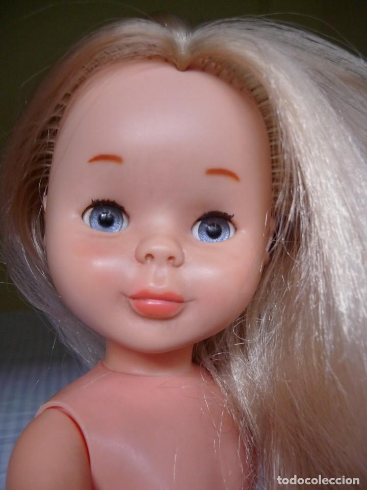 Muñecas Nancy y Lucas: Nancy de famosa rubia ojos azul margarita patabollo años 70 tobillo ancho - Foto 11 - 143909850
