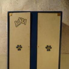 Muñecas Nancy y Lucas: ANTIGUO ARMARIO DE NANCY ORIGINAL AÑOS 70, VER FOTOS. Lote 197367401