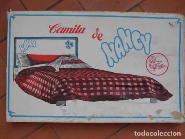 CAMA DE NANCY EN CAJA AÑOS 70 - FAMOSA (Juguetes - Muñeca Española Moderna - Nancy y Lucas, Vestidos y Accesorios)
