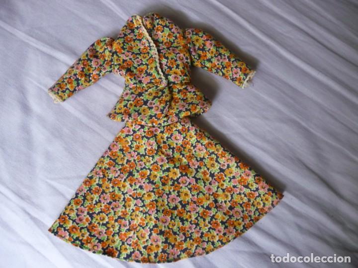 NANCY DE FAMOSA CONJUNTO TRAJE CHAQUETA AÑOS 70 (Juguetes - Muñeca Española Moderna - Nancy y Lucas, Vestidos y Accesorios)