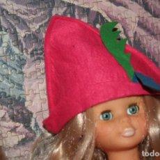 Muñecas Nancy y Lucas: GORRO ORIGINAL MUÑECA NANCY PAJE . Lote 163033522