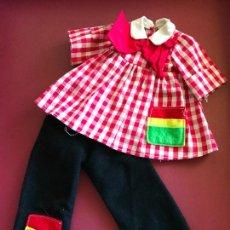 Muñecas Nancy y Lucas: TRAJE PINTORA VARIANTE NANCY FAMOSA EN ROJO PRECIOSO AÑOS 70. Lote 165726026