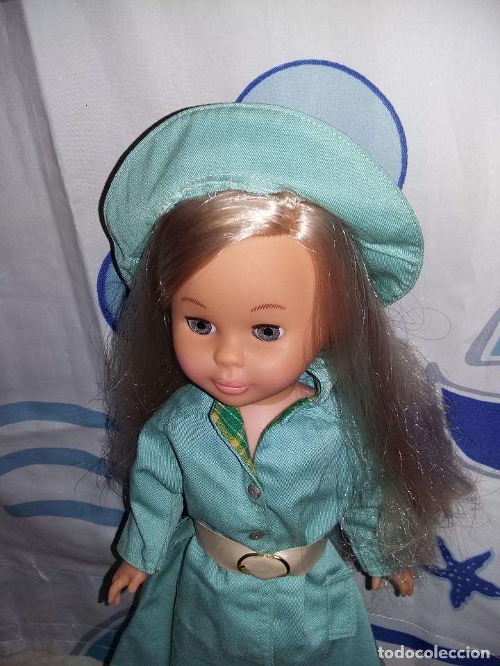 Muñecas Nancy y Lucas: nancy de colección 2005 + vestido lluvia años 70 con etiqueta cejas quiron ojos grises muy nueva!!! - Foto 3 - 169412208