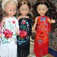 Muñecas Nancy y Lucas: 3 MANTONCILLOS BORDADOS PARA NANCY FLAMENCA O REGIONALES Y MUÑECAS SIMILARES. Lote 222348581
