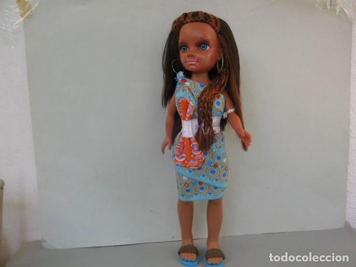 Muñecas Nancy y Lucas: Muñeca New moderna Los Viajes de Nancy Negra Negrita Nunca jugada con todos sus accesorios sin caja - Foto 4 - 178369096