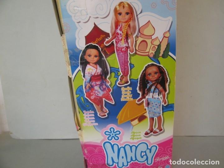 Muñecas Nancy y Lucas: Muñeca New moderna Los Viajes de Nancy Negra Negrita Nunca jugada con todos sus accesorios sin caja - Foto 14 - 178369096
