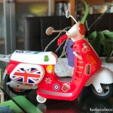 """Muñecas Nancy y Lucas: MOTO NANCY """"UN DÍA DE MOTO EN LONDRES"""". Lote 182028250"""