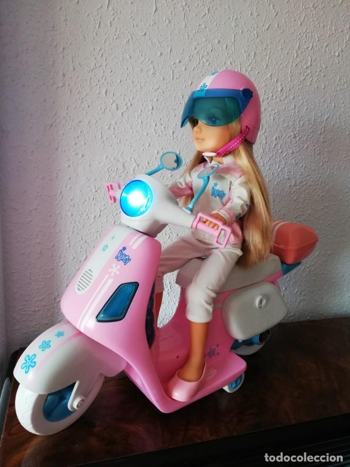 Muñecas Nancy y Lucas: Nancy con su moto - Foto 9 - 184223832