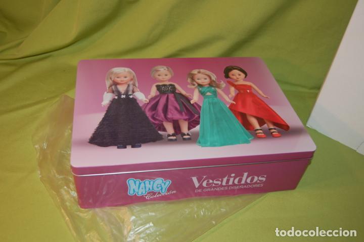 CAJA METÁLICA NANCY GRANDES DISEÑADORES (Juguetes - Muñeca Española Moderna - Nancy y Lucas, Vestidos y Accesorios)
