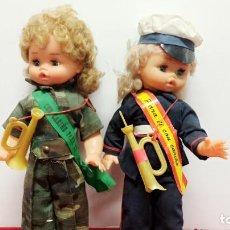 Muñecas Nancy y Lucas: LOTE 2 PRECIOSA MUÑECA RUBIA TRAJE MILITAR Y MARINERO COMPATIBLE NANCY ACCESORIOS RECUERDO. Lote 238292610