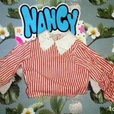 Muñecas Nancy y Lucas: CAMISA DEL CONJUNTO COLEGIALA DE LA MUÑECA NANCY - FAMOSA - 1973. Lote 246015960