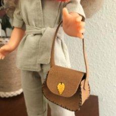 Muñecas Nancy y Lucas: BOLSO EN ANTELINA PARA NANCY. Lote 247948245