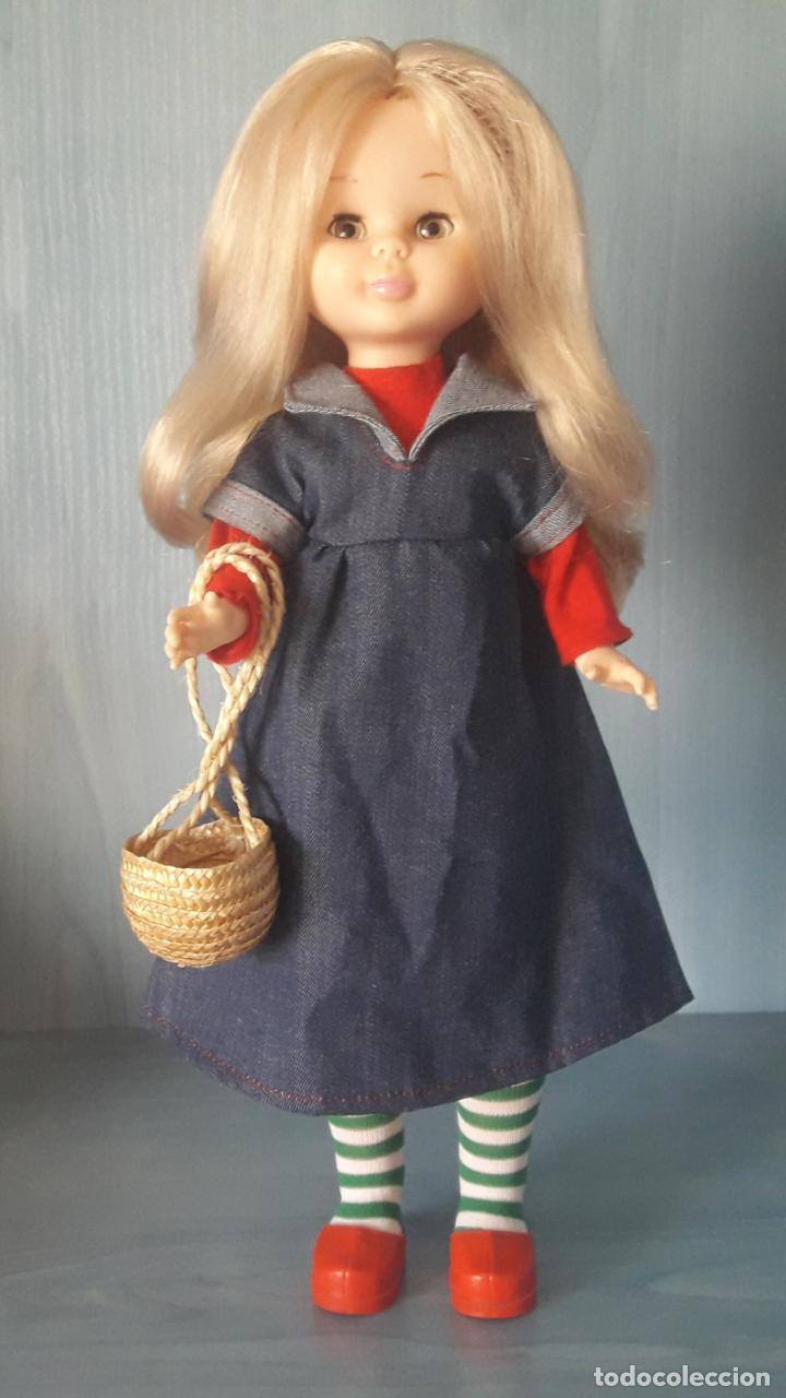 Muñecas Nancy y Lucas: MUÑECA NANCY Famosa rubia articulada con conjunto preu en caja original años 70. - Foto 2 - 249570235