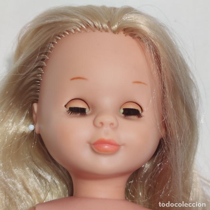 Muñecas Nancy y Lucas: Muñeca Nancy rubia con ojos castaños o miel. Pata bollo. Años 70. Ojos durmientes. Pelo largo. - Foto 8 - 253235640