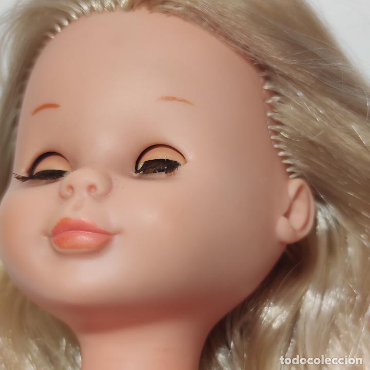 Muñecas Nancy y Lucas: Muñeca Nancy rubia con ojos castaños o miel. Pata bollo. Años 70. Ojos durmientes. Pelo largo. - Foto 9 - 253235640