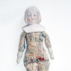 Muñecas Porcelana: ANTIGUA MUÑECA ALEMANA DE PORCELANA Y TRAPO CON MÁS DE 100 AÑOS. Lote 45193214