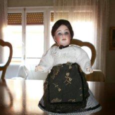 Muñecas Porcelana: MUÑECA CABEZA DE PORCELANA , CUERPO DE COMPOSICIÓN. Lote 49622008