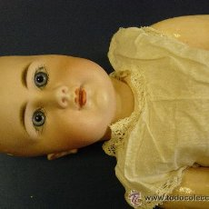 Muñecas Porcelana: MUÑECA ANTIGUA SIMON & HALBIG 939. CABEZA PORCELANA, CUERPO ARTICULADA COMPOSICIÓN.. Lote 52558800