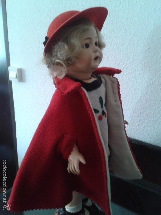 Muñecas Porcelana: PRECIOSA MUÑECA ANDADORA SIMON & HALBIG 126 ,MARCADA ,CON ROPAS ORIGINALES - Foto 5 - 57042231