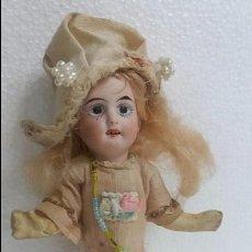 Muñecas Porcelana: BONITA MUÑECA DE PORCELANA ANTIGUA ,AÑOS 20.. Lote 60444459