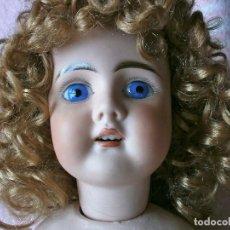 Muñecas Porcelana: MUÑECA ANTIGUA , CABEZA PORCELANA CUERPO COMPOSICION.. Lote 65743454