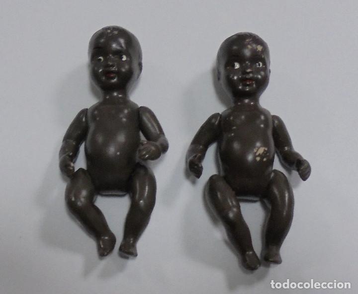 Muñecas Porcelana: LOTE DE 2 ANTIGUO MUÑECO BEBE NEGROS DE CERAMICA ARTICULADO. 10CM. LOS DE LAS FOTOS - Foto 2 - 80435821